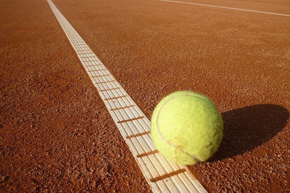 tennis-ball-443272_1280
